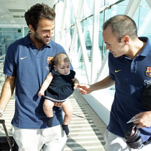 Fabregas emmène sa fille au match - Fc-Barcelone.com