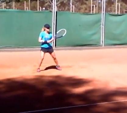 Mme Piqué s'entraîne au tennis ! - Fc-Barcelone.com