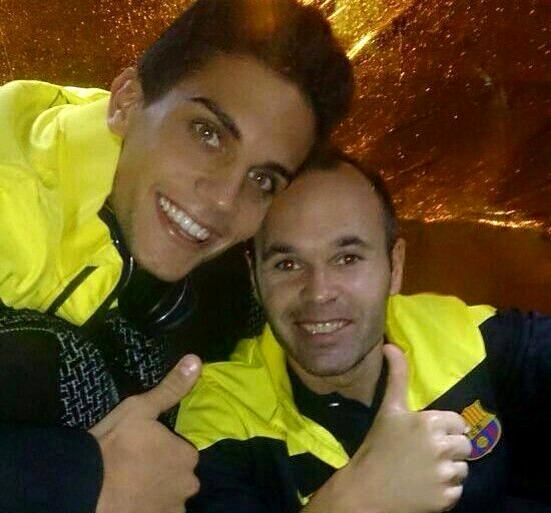 Bartra et Iniesta contents de la victoire - Fc-Barcelone.com