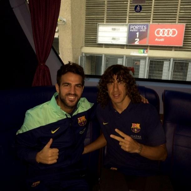 Cesc et Puyol dans le bus pour Osasuna - Fc-Barcelone.com