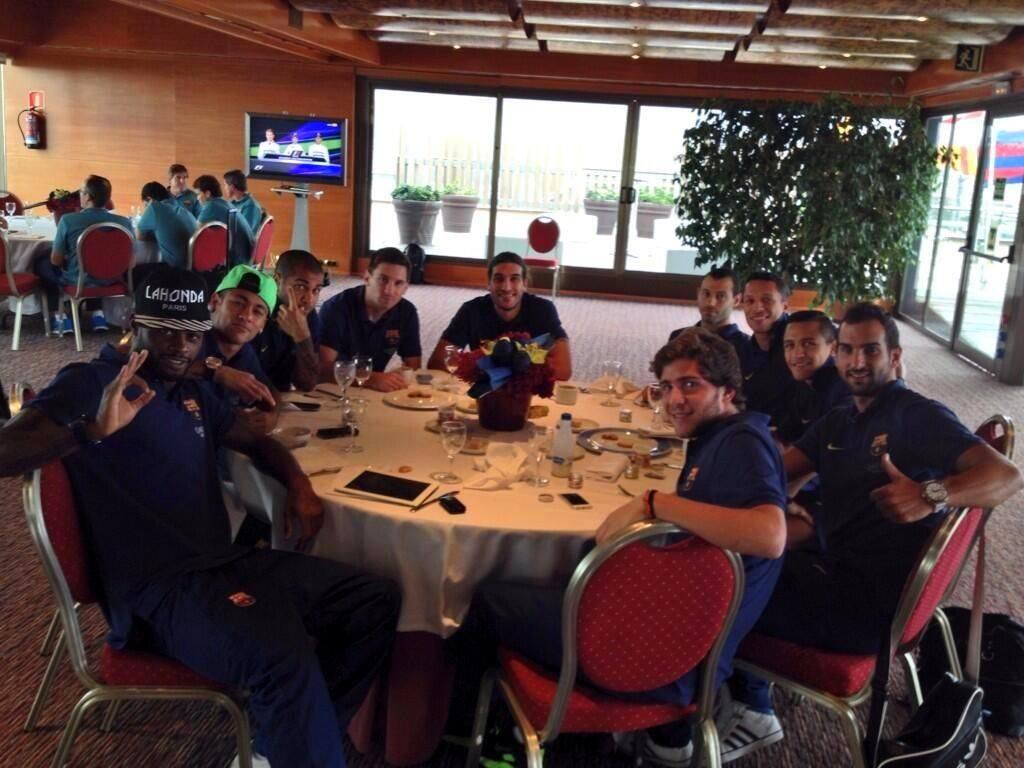 Le Barça déjeune avant le Clasico - Fc-Barcelone.com