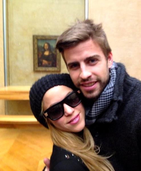 Piqué au Louvre avec Shakira - Fc-Barcelone.com
