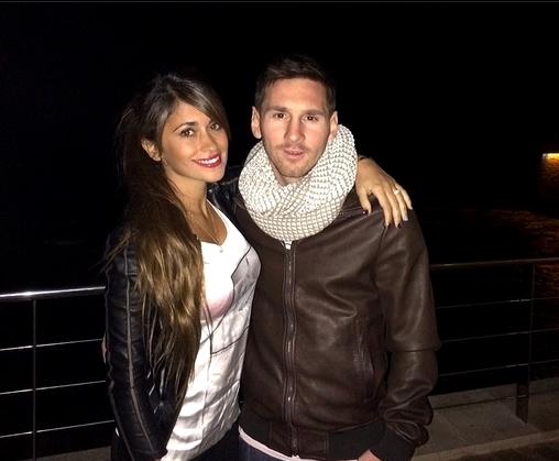 Messi fête Antonella - Fc-Barcelone.com