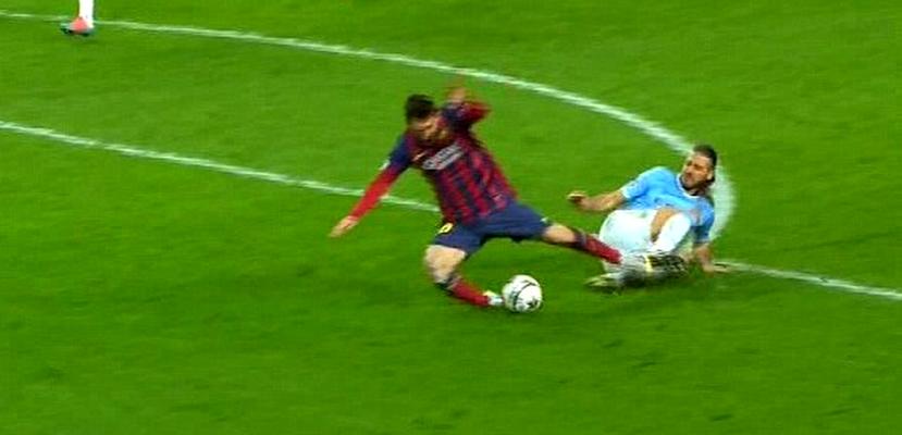 Penalty et carton rouge - Fc-Barcelone.com