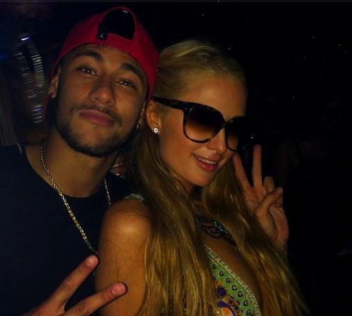 Neymar avec Paris Hilton - Fc-Barcelone.com