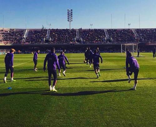 Plus de 10.000 personnes à l'entraînement - Fc-Barcelone.com