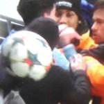 Neymar se fâche avec un supporter - Fc-Barcelone.com