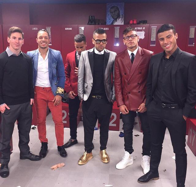 Le look des joueurs du Barça - Fc-Barcelone.com