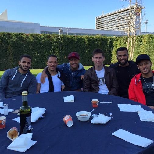 Barbecue d'équipe - Fc-Barcelone.com