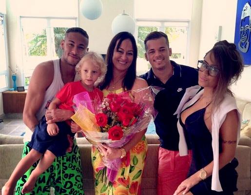 Neymar en vacances au Brésil - Fc-Barcelone.com