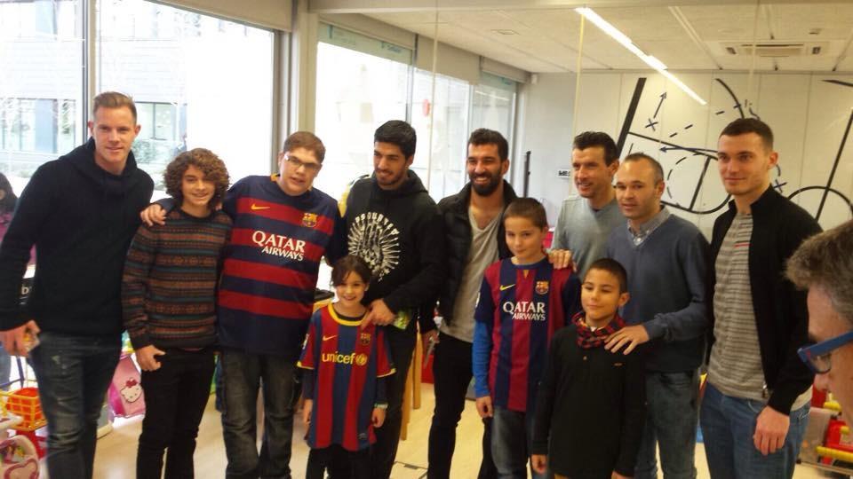En visite dans les hôpitaux - Fc-Barcelone.com