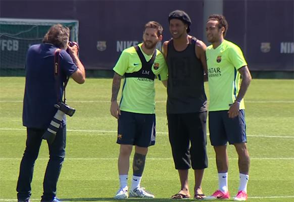 Ronaldinho de retour à Barcelone - Fc-Barcelone.com