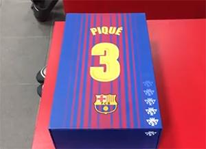 Cadeau de Noël pour Gerard Piqué - Fc-Barcelone.com