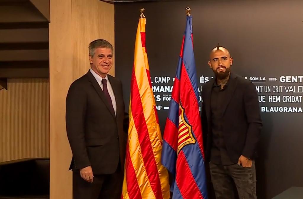 Vidal a signé son contrat - Fc-Barcelone.com