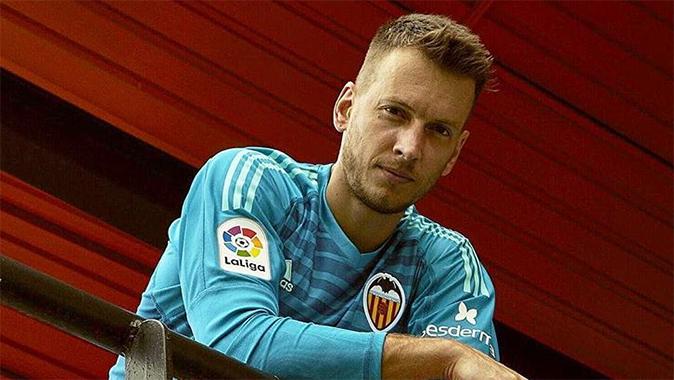 Neto débarque à Barcelone, Cillessen s'en va - Fc-Barcelone.com