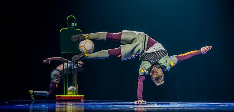 Le Cirque du Soleil brille avec Messi - Fc-Barcelone.com